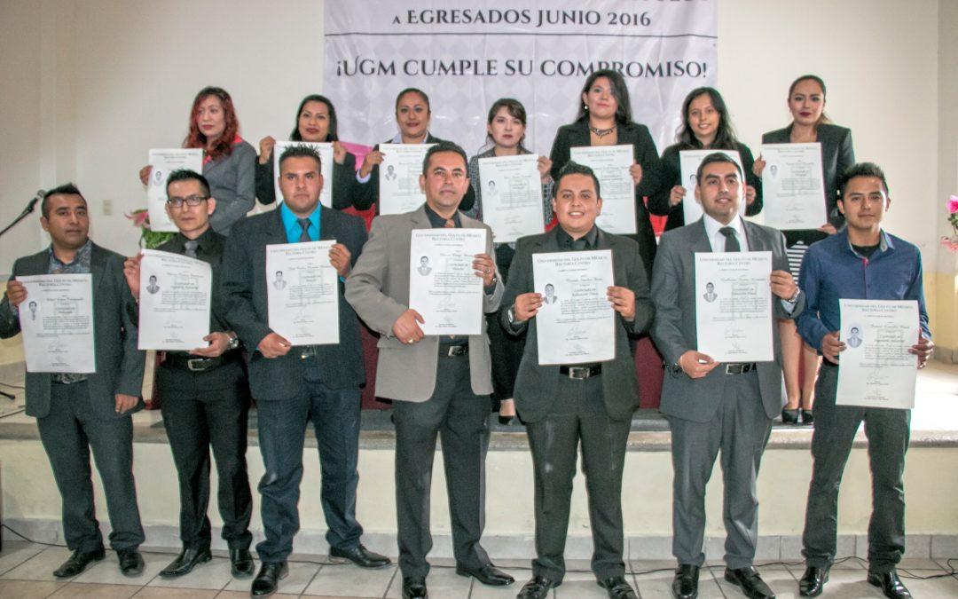Entrega UGM Mendoza Títulos Profesionales