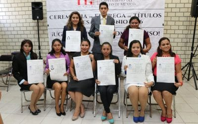 Entrega de Títulos a Egresados en Coatzacoalcos