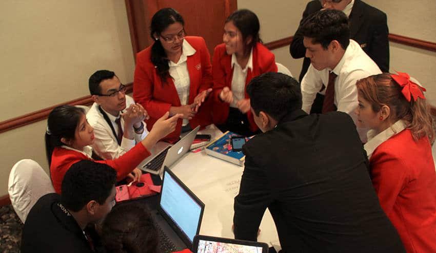 """Alumnos de la MOL Ganan el Concurso """"Borregos Challenge"""""""