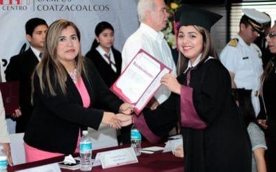 Ceremonia de graduación campus Coatzacoalcos