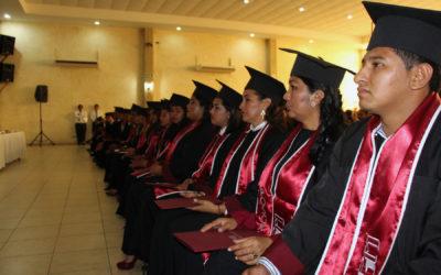 Graduación UGM Campus Acayucan 2018